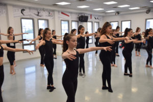 Zooz Bemachol - Our Classes